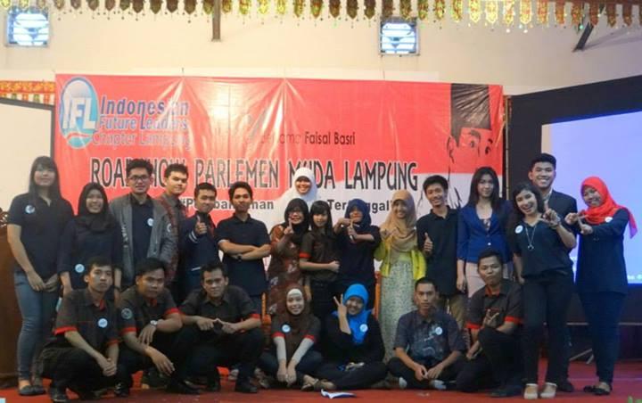 Pelaksanaan kegiatan Roadshow Parlemen Muda yagn digagas oleh IFL chpater Lampung